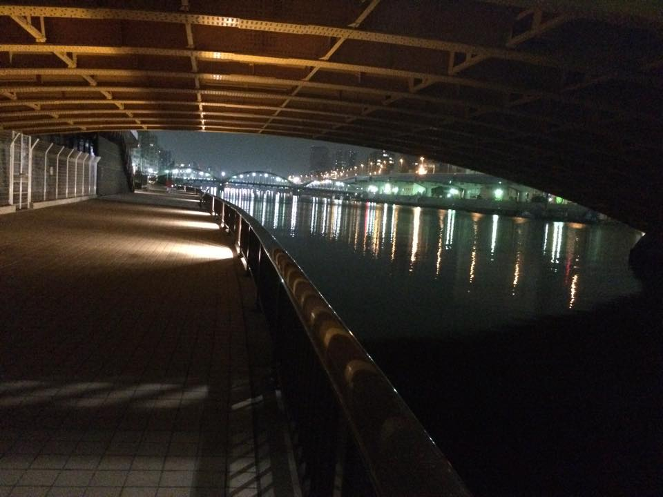 蔵前橋通りの橋の下