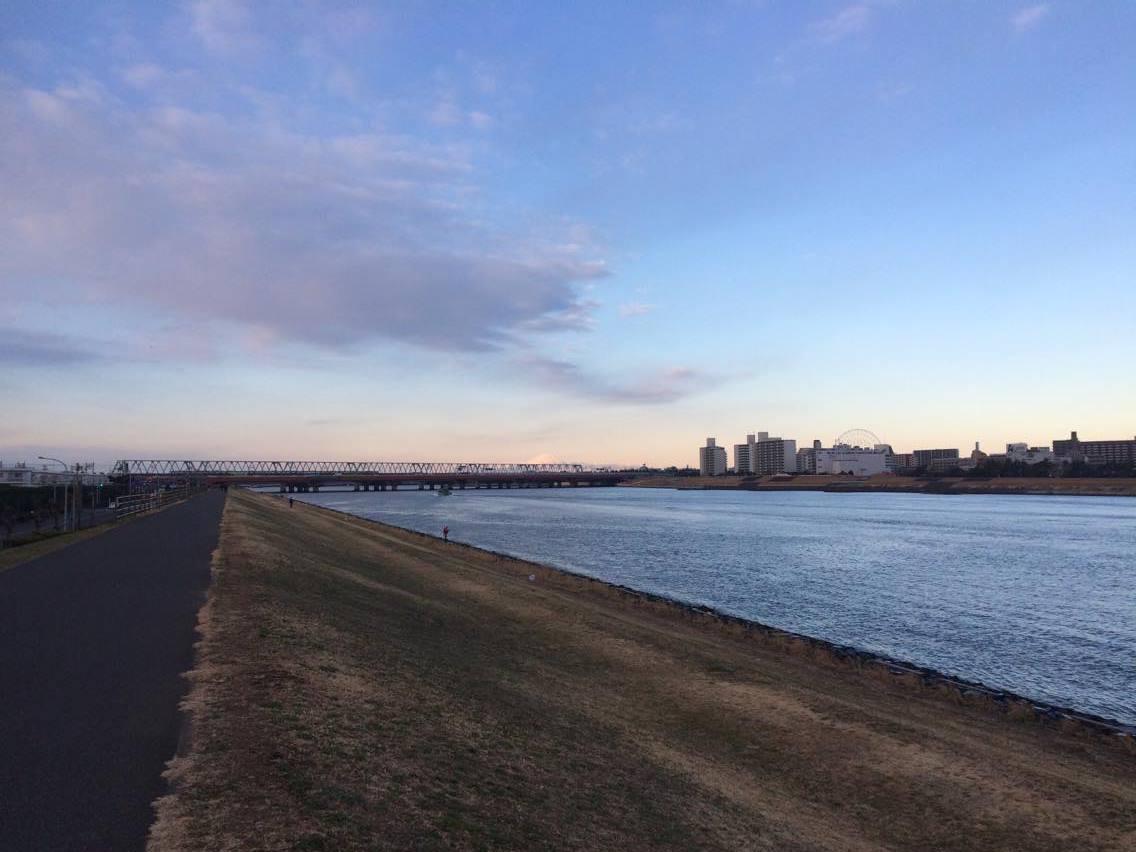早朝の旧江戸川河口